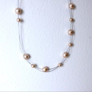 Jewelry - • the costume pearl necklace